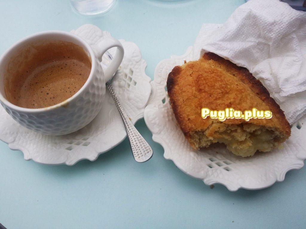 Macchiatto mit Pasticcioto in Maglie