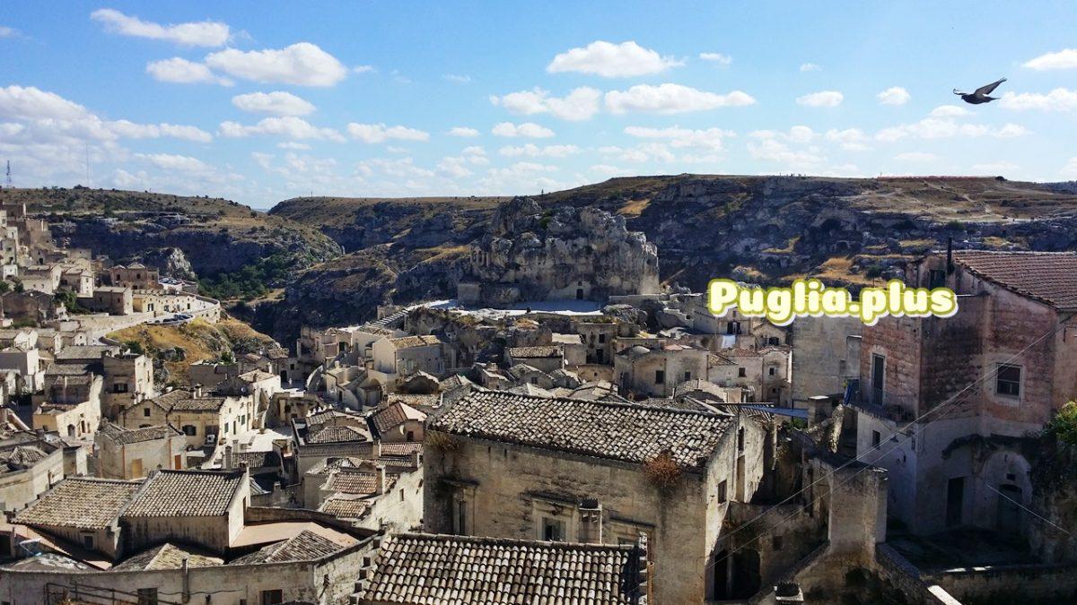 Die Altstadt von Matera: Höhlenwohnungen und Kirchen